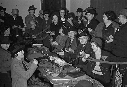 [Newtown Women's Institute knitting comforts for the troops]