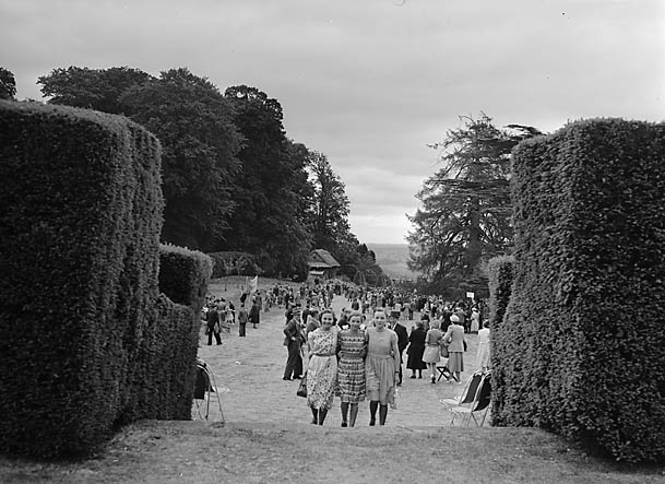 [Chirk parish church Fête at Chirk Castle]