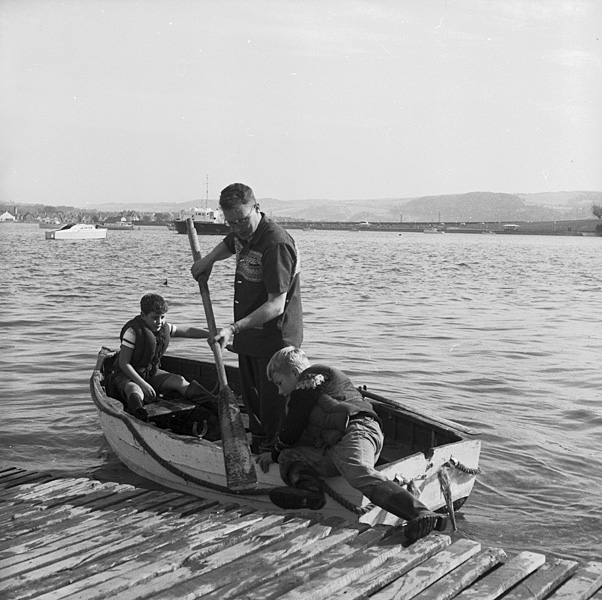 [Boys in a boat on the Conwy River]