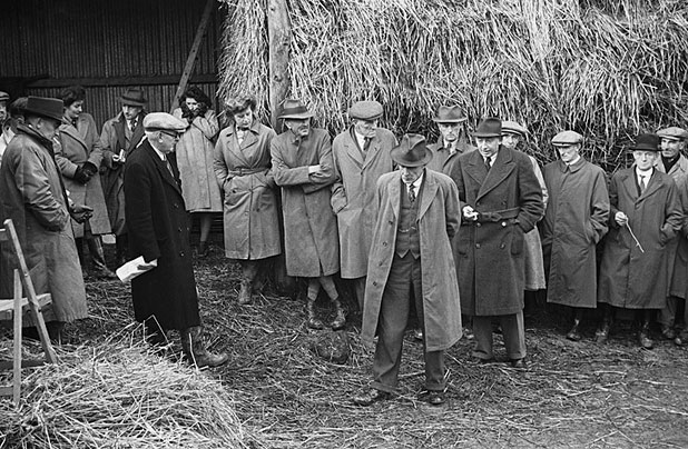 [Brains Trust demonstration on winter milk production at Llanfyllin]
