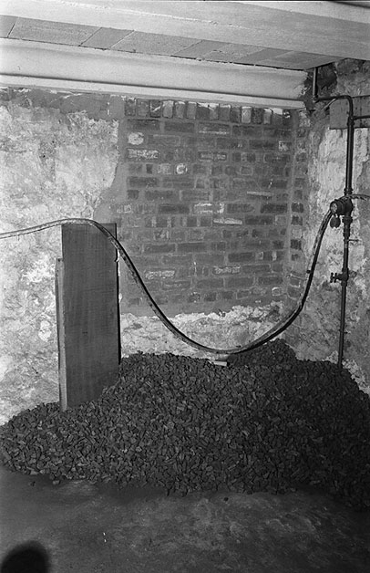 Coal cellar