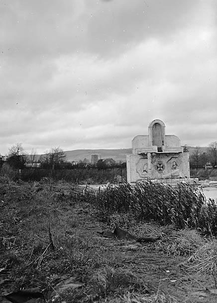 [Altar built by German and Italian prisoners of war, Presteigne]
