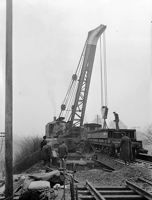 [Erection of new girder bridge on the main Weston Rhyn - Gobowen line]