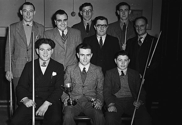 [Oswestry Railway Institute Snooker team, 1949]