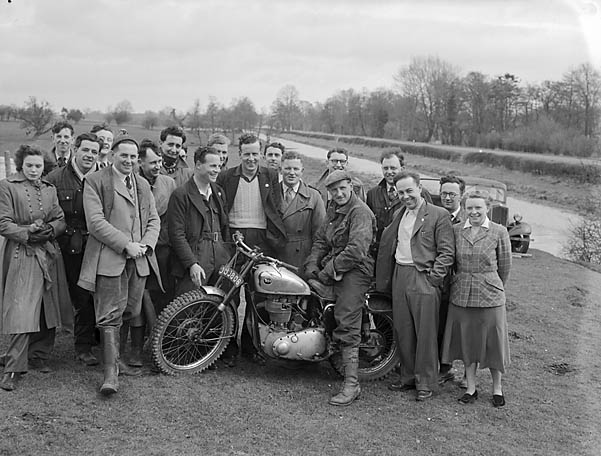 [Motorcycle scramble at Queenshead, Oswestry]