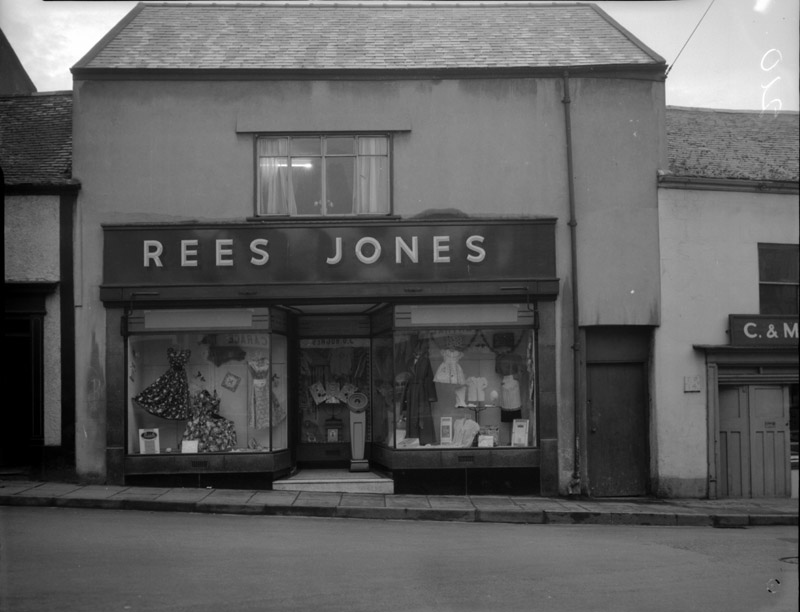[Rees Jones Shop, Caernarfon]