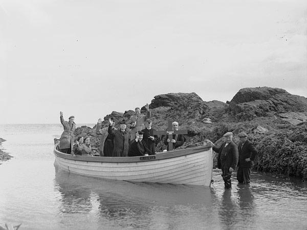 [Pilgrimage to Bardsey Island]
