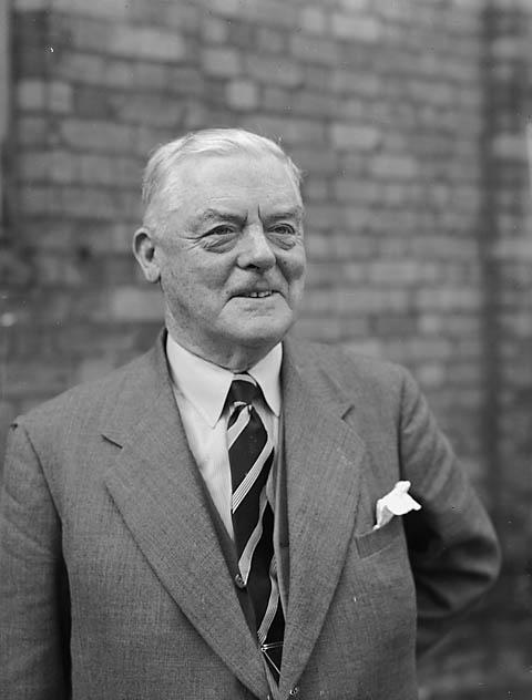 Yr [Ald W Ainge, principal secretary of Montgomeryshire County Show]