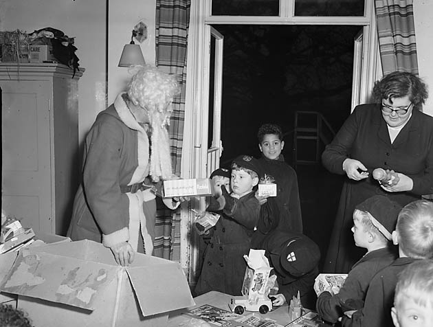 [Father Christmas at Dr Barnardo's, Shrewsbury]