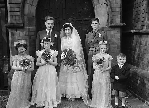 [Wedding of Miss M Lewis to J W Cashion at Holy Trinity, Shrewsbury]