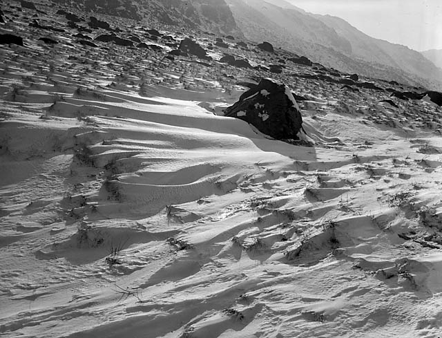 [Snow and skiing at Dyffryn Ogwen]