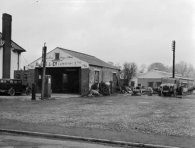 [Jones Bros Garage, Oswestry]