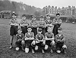 [Football teams from schools in Llandrindod Wells]