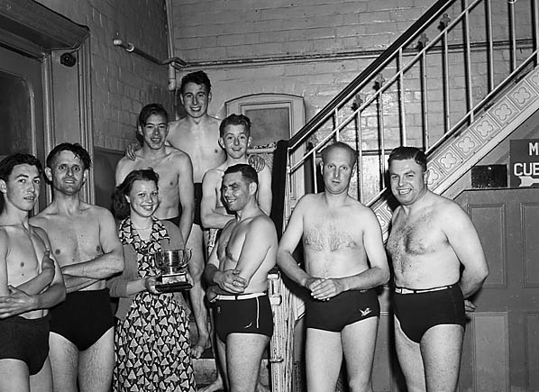 [Shrewsbury GPO swimming team recieving the Welsh and Border Counties Bowl]