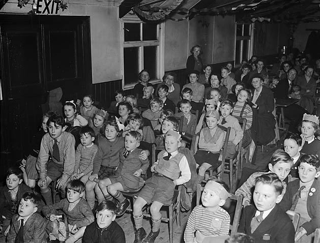 [Christmas party at Oxon School, Shrewsbury]