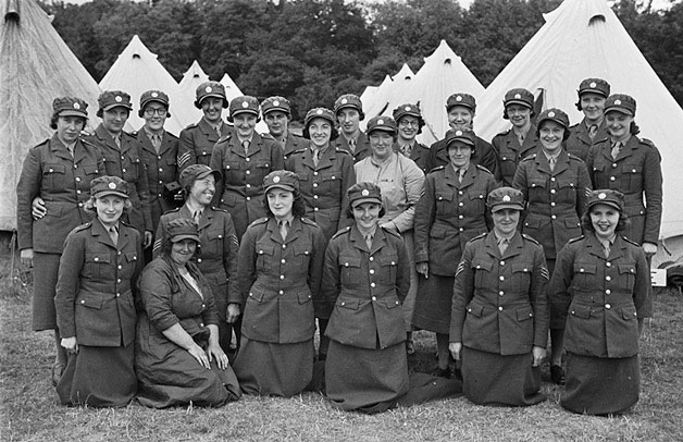 [Women's Auxiliary Territorial Service Camp, Blackdown Park, Malvern]