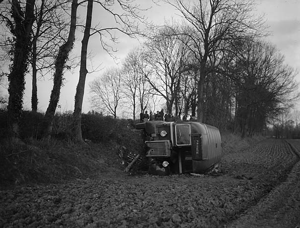 [Vaggs bus crash at Llwyn Tidman, near Llanymynech, in which one man was killed]