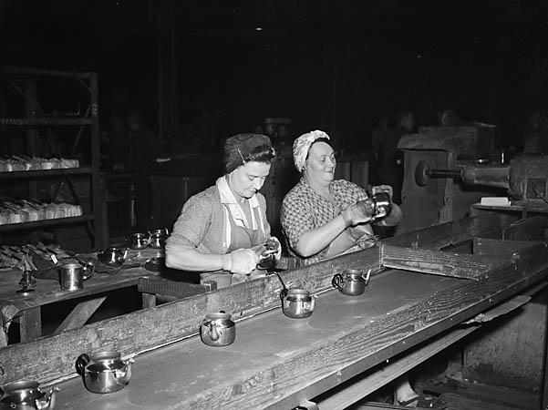 [Midland Metal Spinners Tea Pot Works at Neath]