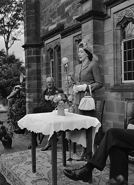 [Lady Kenyon opening Hawarden Church fête]