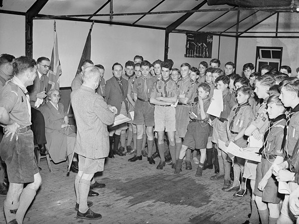 [Scoutmasters and Patrol Leaders at Ellesmere]
