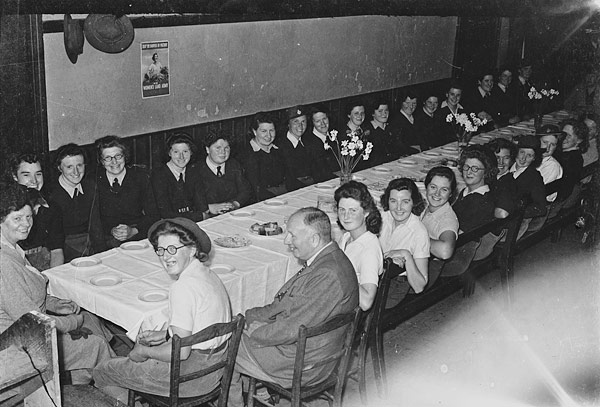 [Women's Land Army dinner at a Welshpool hotel]