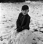 [Snow scenes at Oswestry Infant School, Middleton Road, Oswestry]