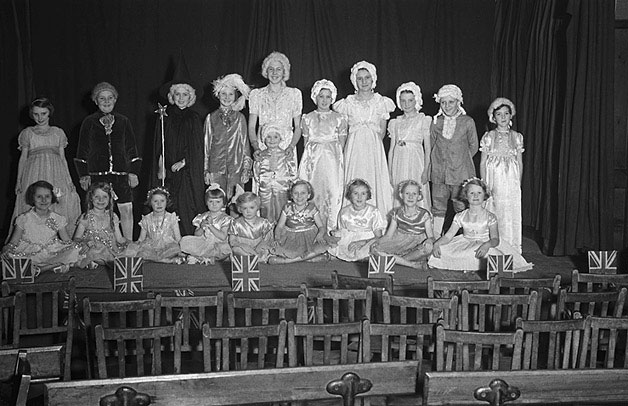 [Operetta performed by the children of Newtown Congregational Church]