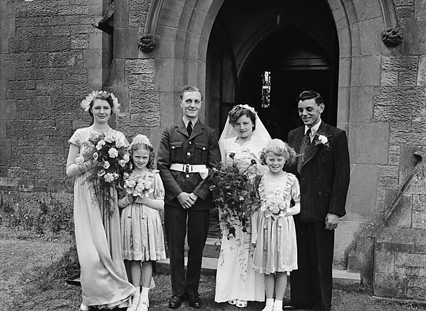 [Wedding of Gladys Heath and Tony Constable at [Newtown]]