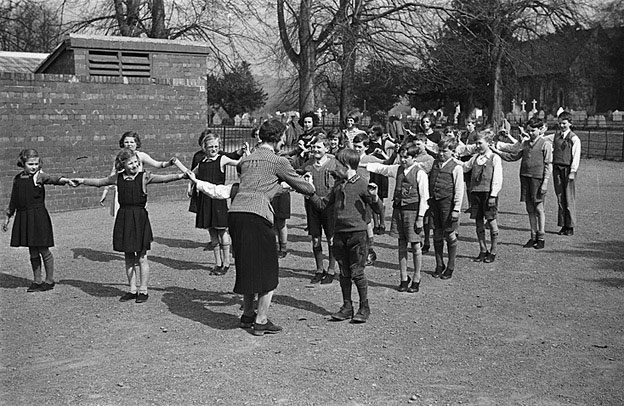 [Meifod schoolchildren at Meifod old school, and the new Meifod school the following year]