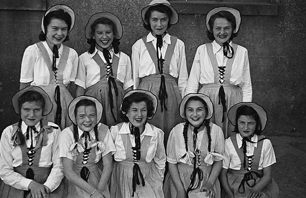 [Girls of the Aberdaron Urdd Branch, 1948]