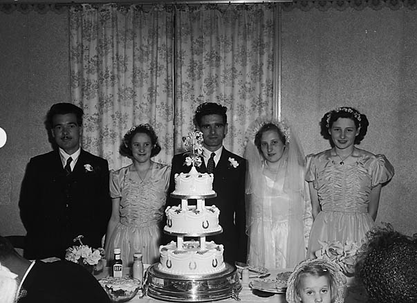 [Wedding of Beryl Olwen Smith to Harry Evans]