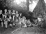 [Welsh Frankton children with harvest gifts]