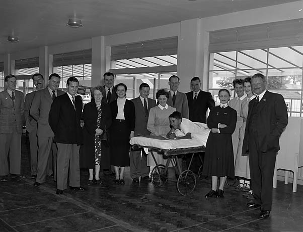 [Oswestry R.A.F. Association present a television to the Orthopaedic Hospital]