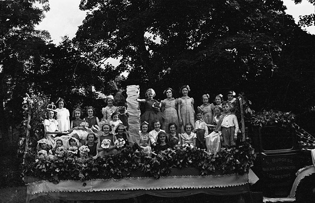[Oswestry Rose Queen carnival]