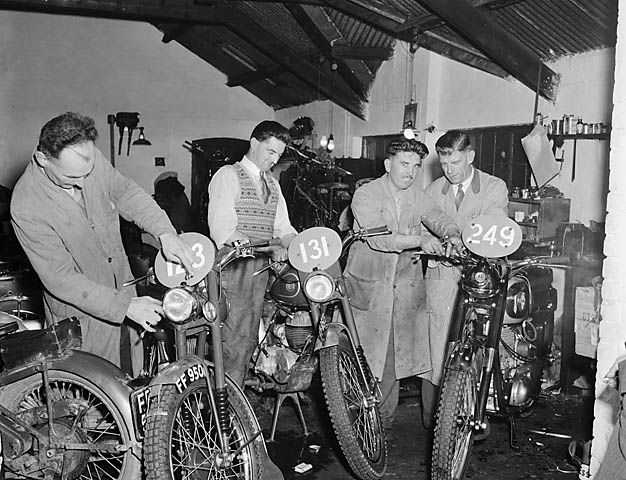[Preparation of machines for the International Six Day Trial]