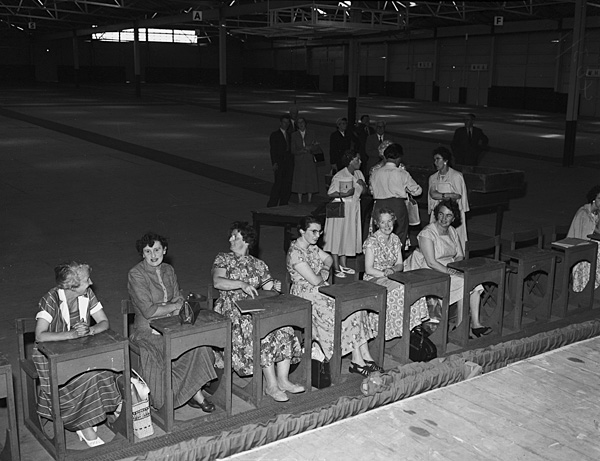[The first rehearsal of the Caernarfon National Eisteddfod Children's Choir]