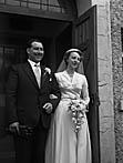 [Wedding of Margaret Alwena Lewis, Llangedwyn, to John Herbert Martin, Trefonnen at Llansilin Welsh Presbyterian Chapel]