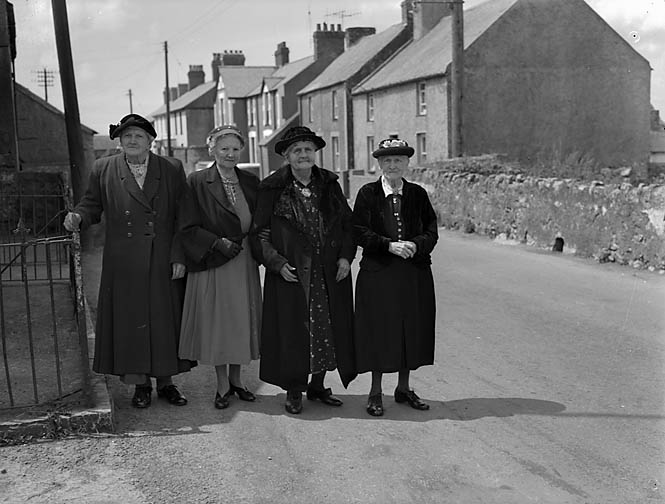 [Five ladies over 90 years of age and each one from the village of Brynsiencyn]