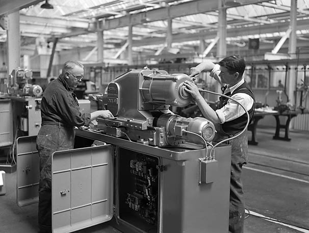 [Russian trade delegation visits Sentinel Factory, Shrewsbury]
