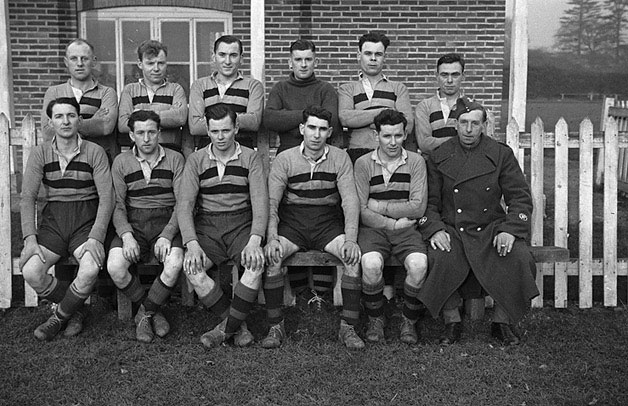 [Army football teams who played each other at Welshpool]