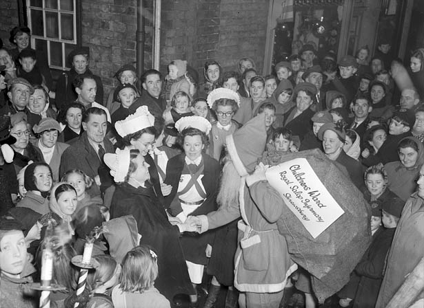 [Father Christmas at the Shrewsbury Royal Infirmary]