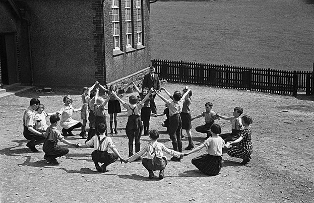 [Children at PT in Llanfihangel-yng-Ngwynfa church school]
