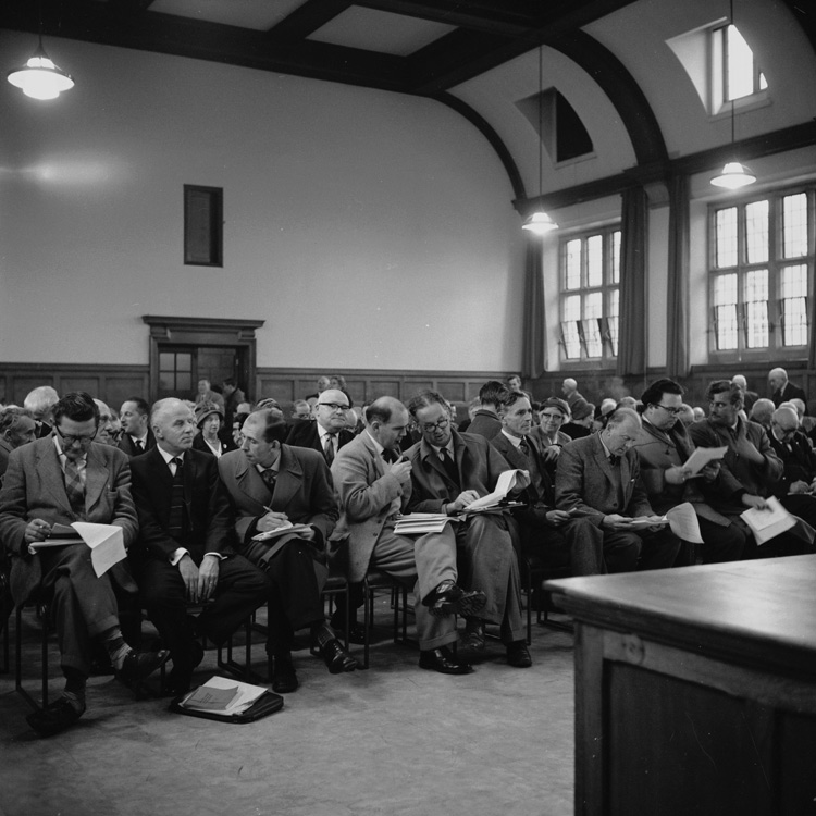 Y Press at a Bangor College meeting