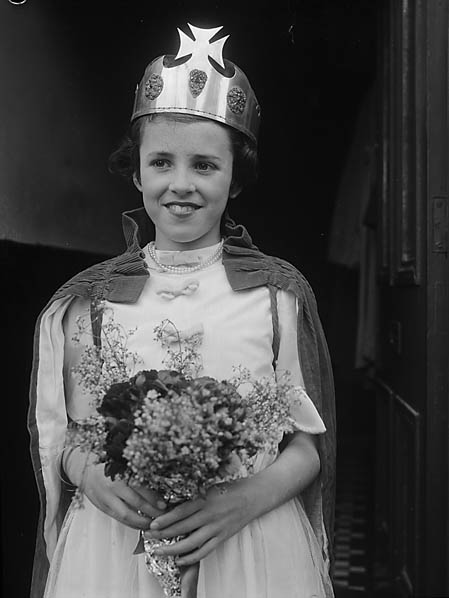 [Coronation Queen]