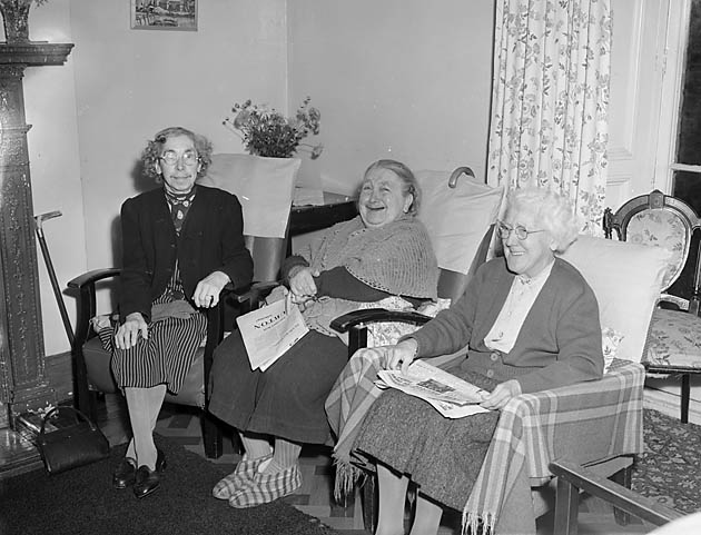 [Residents at Ellesmere old people's home]