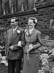 [Wedding of Margaret J Parry to William Owen of Llansanffraid-ym-Mechain at Beatrice Street Methodist Church, Oswestry]