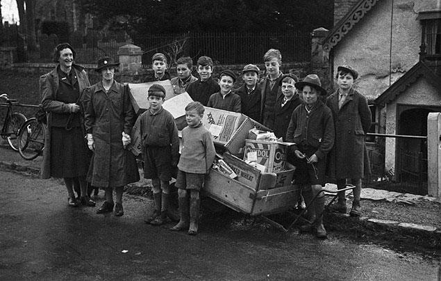 [Berriew Boy Scouts helping the WVS collect waste paper]