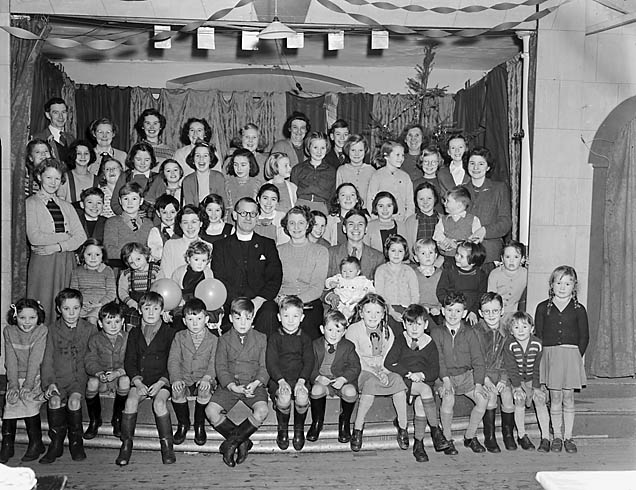 [Beatrice Street Methodist [Chapel] Sunday School party, Oswestry]