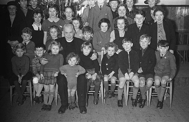 [Children of Penstrowed Sunday School at a Christmas party, 1940]