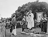[Proclaiming the Powys Provincial Eisteddfod at Llanrhaeadr-ym-Mochnant]